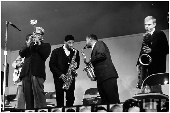 dizzy-gillespie-l-sonny-rollins-2l-ben-webster-3l-and-gerry-mulligan-r-performing-at-the-monterey-jazz-festival-by-nat-farbman-1958.jpeg