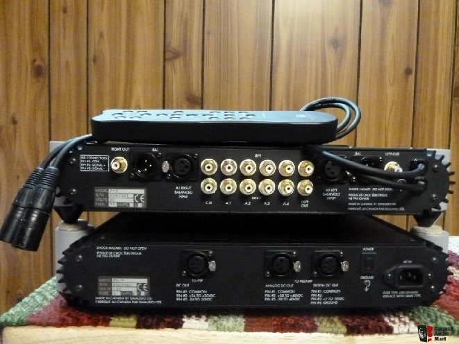 427050-simaudio_moon_p5_preamp_shipping_included.jpg
