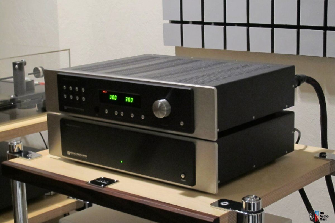 sonic-frontiers-line-3-preamplifier-mint.png