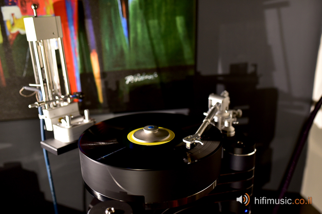 Clear Audio Master Innovation with TT2 & Universal