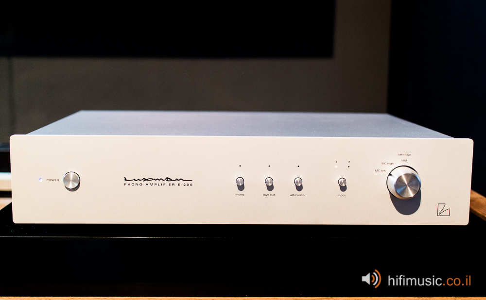 Luxman E-200 Phono Amplifier Review • HiFiMusic