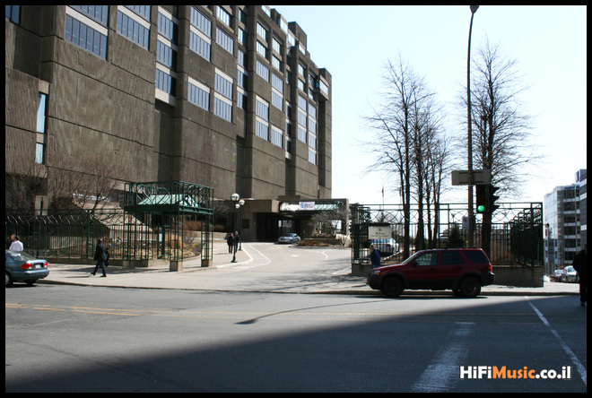 Montreal Salon Sun & Image 2010